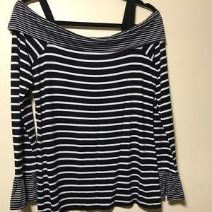 Blk& white stripe shoulder hugger top